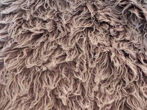 Umělá kožešina metráž, šedo hnědá, LAMA, vlas 45 mm, š. 147cm